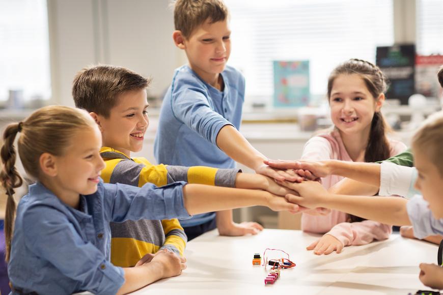 Kako se nositi s izazovima prijateljstva u osnovnoj školi?
