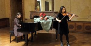učenica s violinom