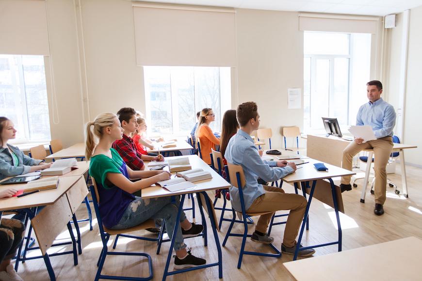 Kako se nositi s teorijama zavjere u učionici