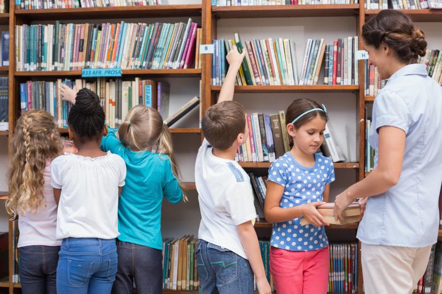 Čitamo, istražujemo i učimo u knjižnici