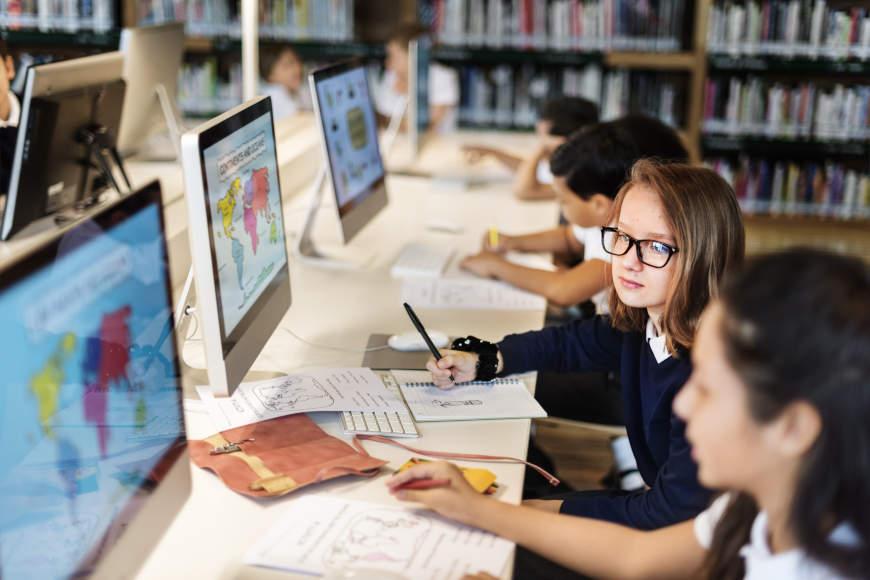 Diskriminacija u školskim klupama – kako se boriti protiv nje